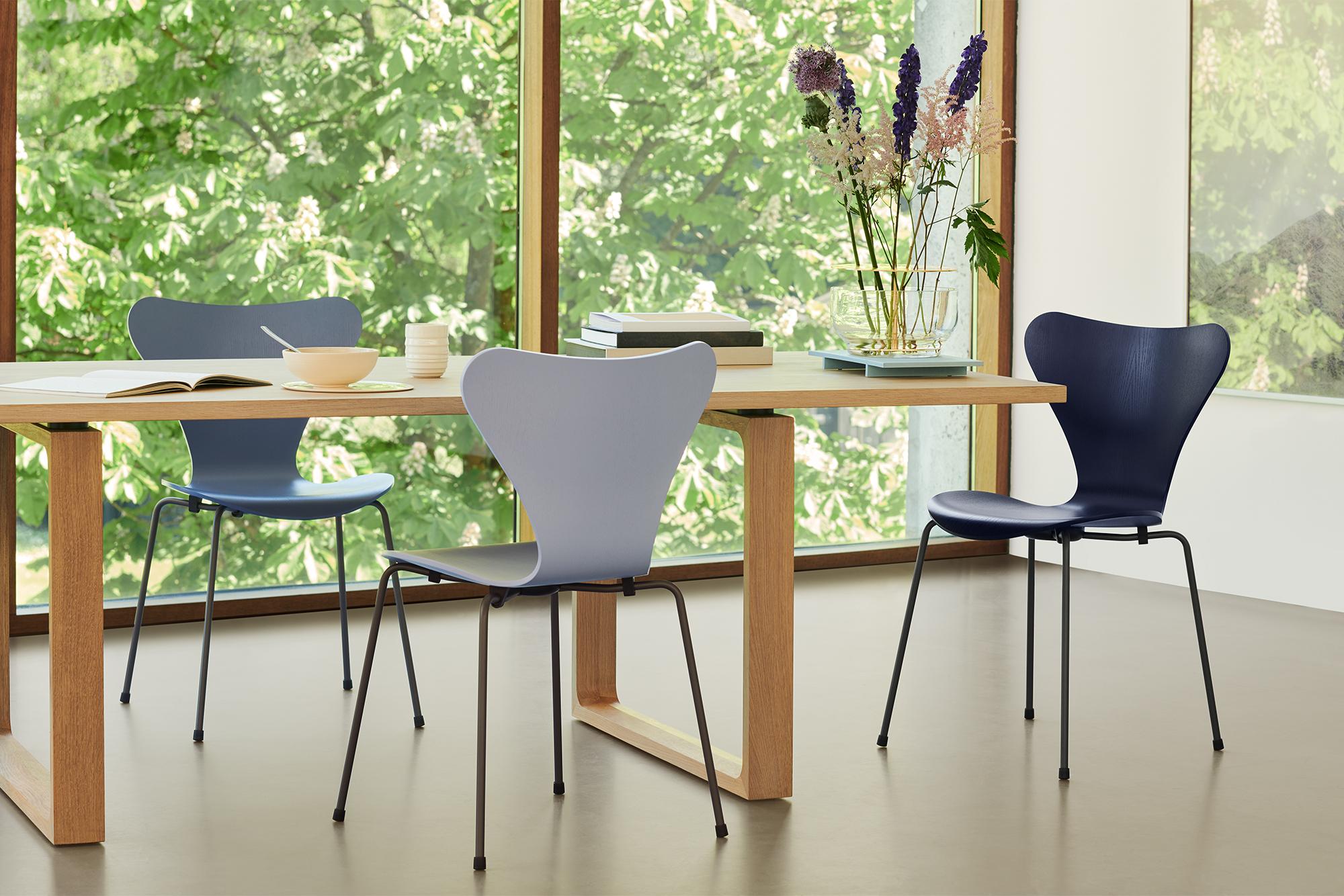 k p 3107 sjuan sjuanstolen fr n fritz hansen nordiska. Black Bedroom Furniture Sets. Home Design Ideas