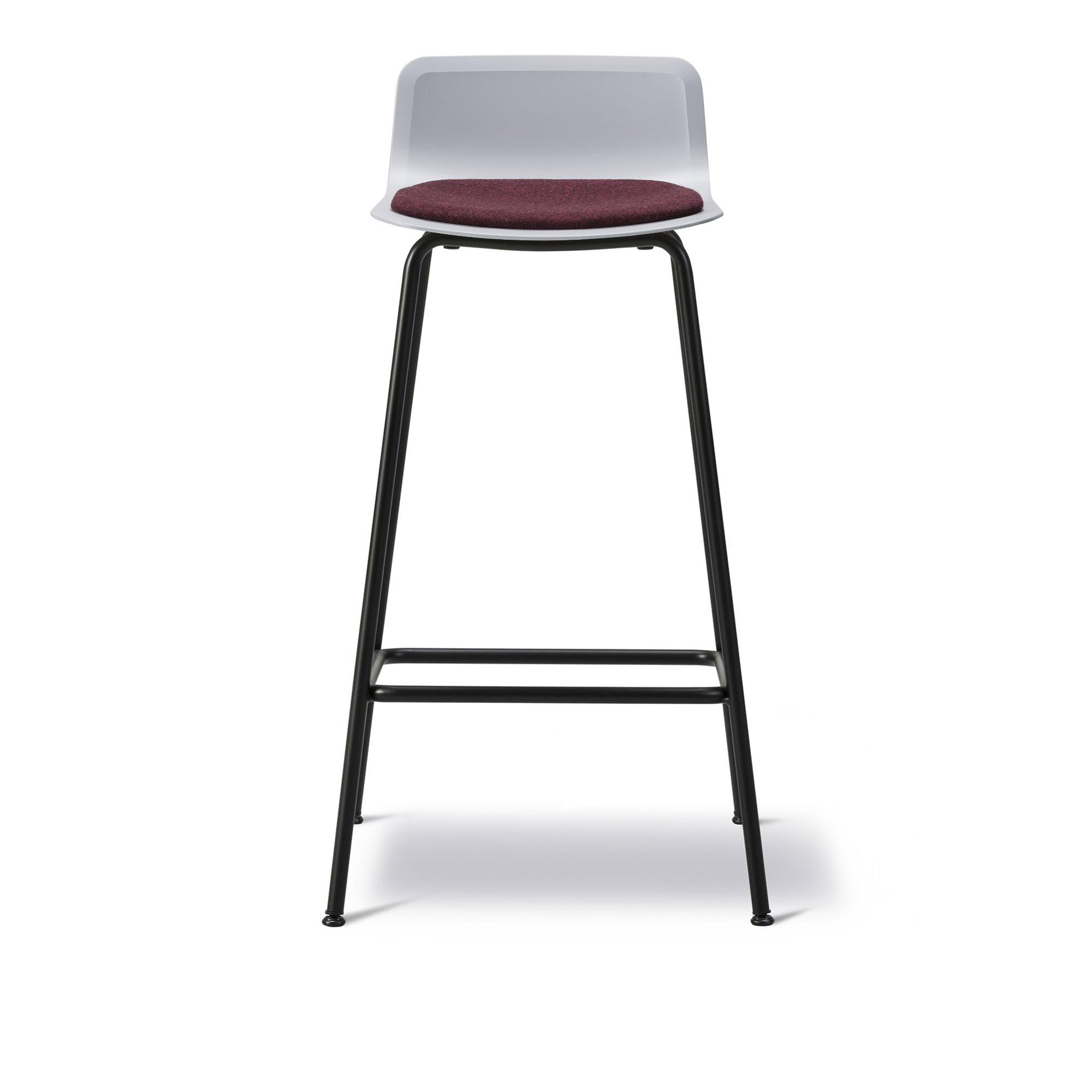 Köp Pato 4 Leg Stool Klädd sits från Fredericia Furniture