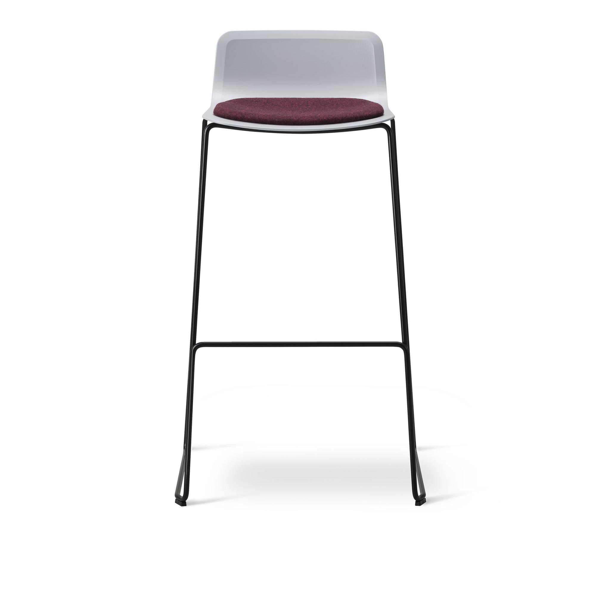Köp Pato Stool Klädd sits från Fredericia Furniture